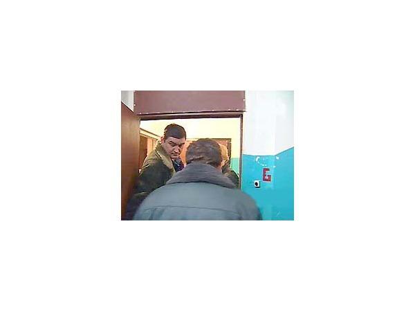 В Господине Великом Новгороде оперативники изучают двух господ