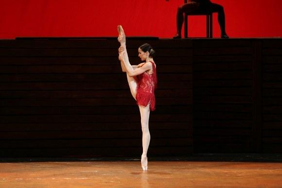 """Сцена из балета """"Кармен-сюита"""": Кармен - Диана Вишнева"""