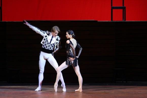 "Сцена из балета ""Кармен-сюита"": Кармен - Диана Вишнева, Тореадор - Денис Матвиенко"