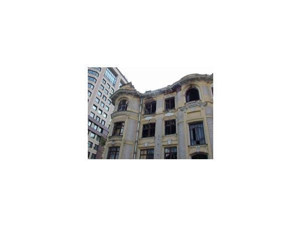 Смольный  «воскресил» доходные дома