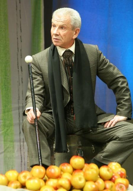 """Вячеслав Захаров в """"Последней жертве"""". Театр им. Ленсовета"""