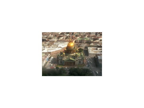 Петербургу советуют исправиться