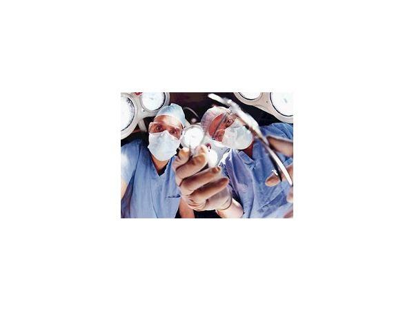 Детские больницы - родителям: без денег приходите завтра