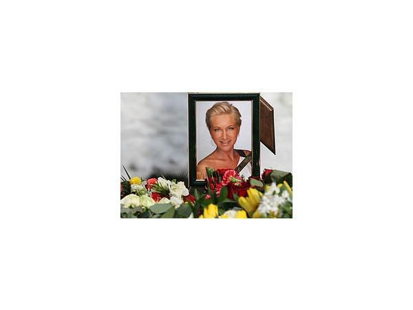 Марина Малафеева похоронена на Смоленском кладбище