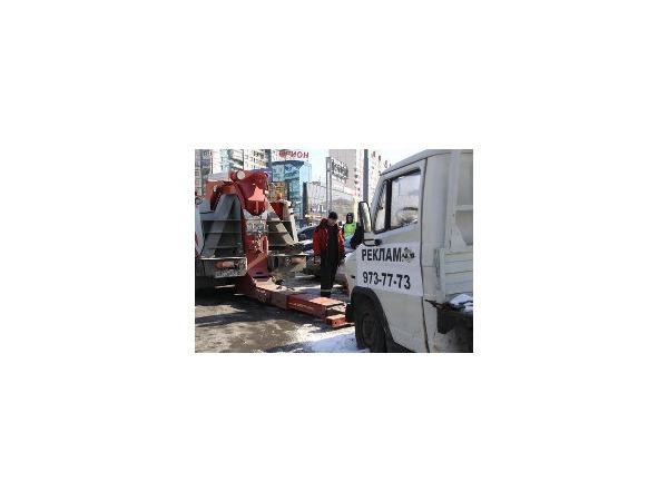 В Приморском районе эвакуировали «брендмобили»