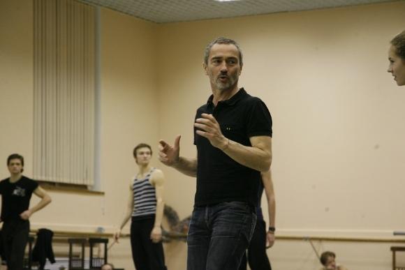 """Анжелен Прельжокаж на репетиции балета """"Парк"""""""