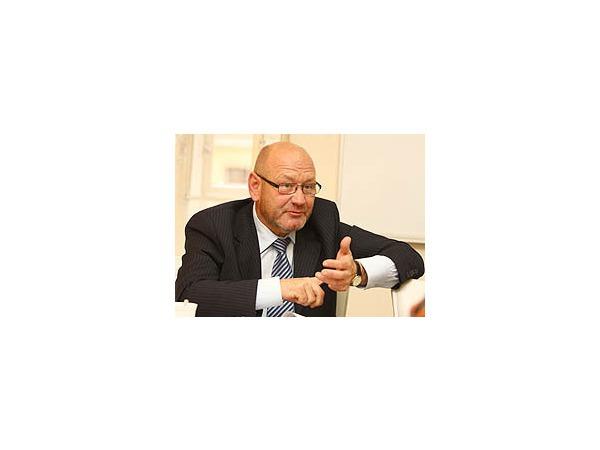 Борис Мурашов: «Ищем способ защитить дороги от шипов»