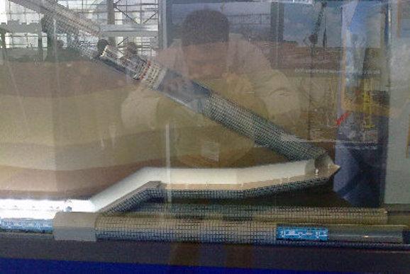 Макет станции, на котором видны оба эскалаторных хода и переход между ними. Опубликован блогером X Dream на интернет-форуме, посвященном петербургскому метро.