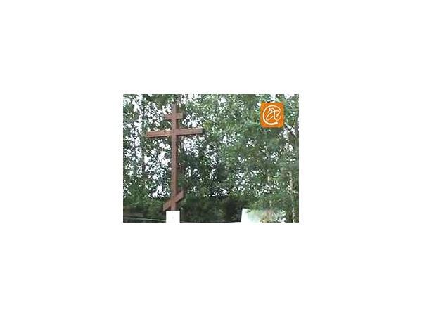 Крест изгнал заправку с кладбища