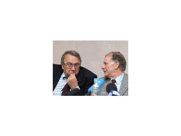 Академия наук выбрала мягкие реформы