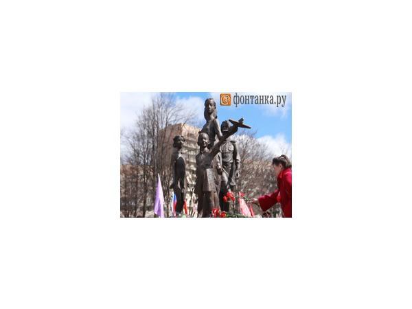 Детям войны в Петербурге поставили памятник