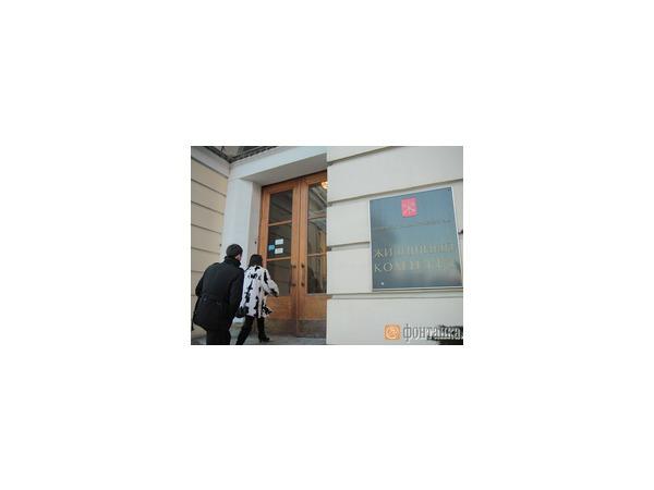 Полиция проверит паспорт у Жилкома