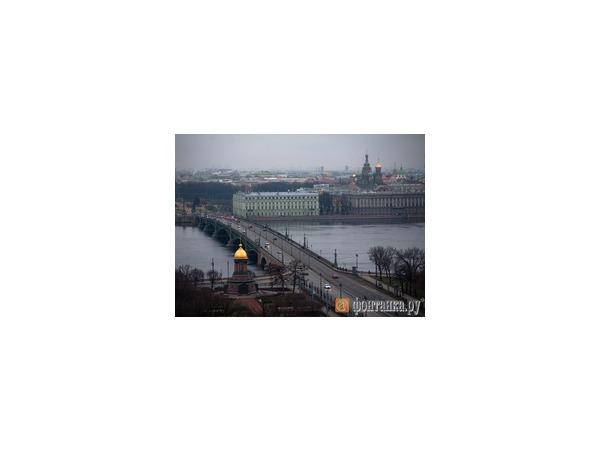 Синоптики: В выходные в Петербурге похолодает и пойдет снег