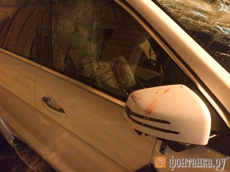 В бойне на Гороховой тяжело ранен полицейский