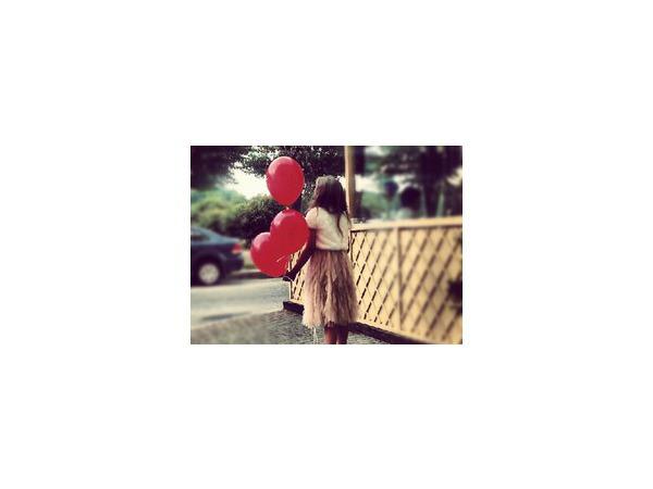 Как помочь ребенку пережить несчастную любовь