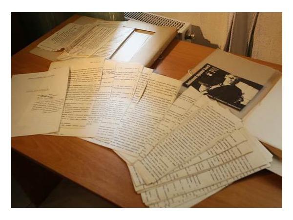 Как журналисты и фантасты спасли и вывезли из Донецка рукописи братьев Стругацких