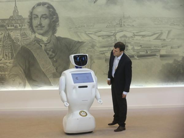Чашка Петри: Пора учиться жить бок о бок с роботами