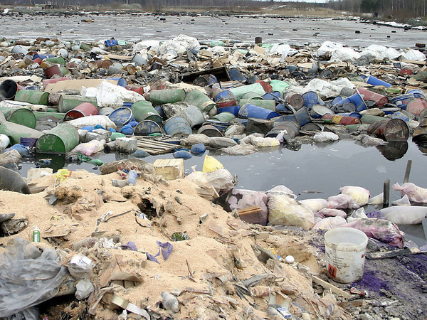 Прокуратура нашла нарушения в работе томского полигона токсичных отходов Митволя