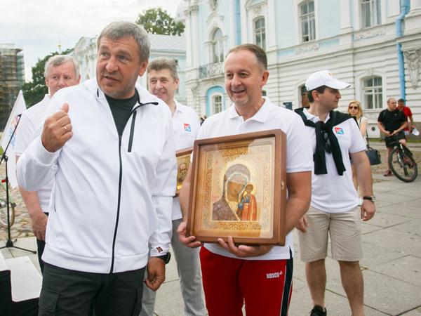 Михаил Демиденко уходит
