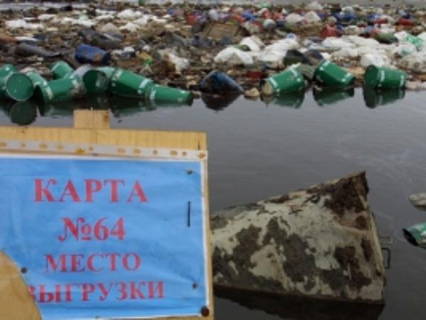 """""""Красный Бор"""" с талыми водами потек в Неву"""