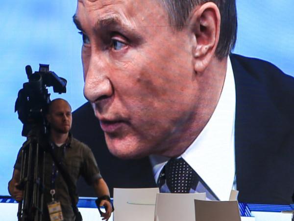 Год выборов: Что должно случиться, чтобы рейтинг Путина пошел вниз