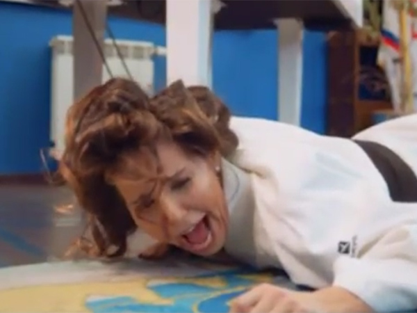 Жена Бориса Ротенберга перепела и сняла клип на «Лабутены» Шнурова