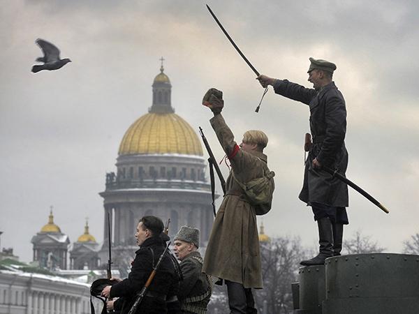 У единороссов прорезался голос перед «исаакиевским протестом»