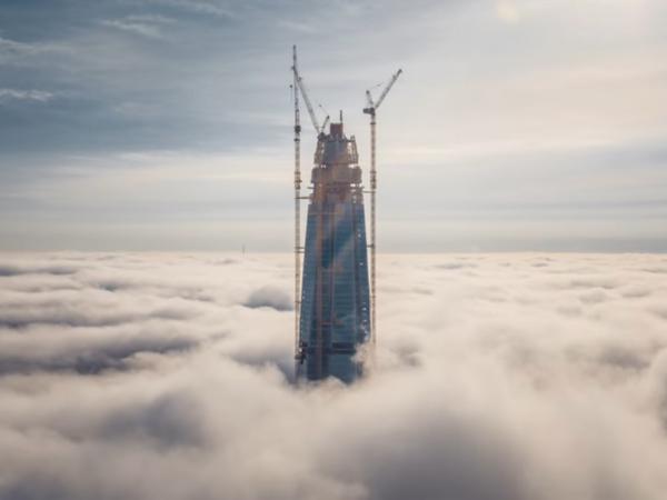 Петербургский «Лахта Центр» стал самым высоким небоскрёбом Европы