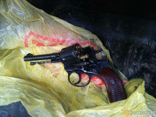 У задержанных в Петербурге «ингерманландцев» нашли наган, гранаты и коктейли Молотова