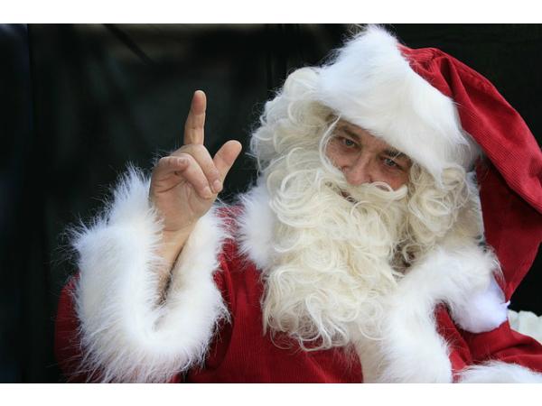 «Победа» предложила Деду Морозу и Снегурочке лететь бесплатно