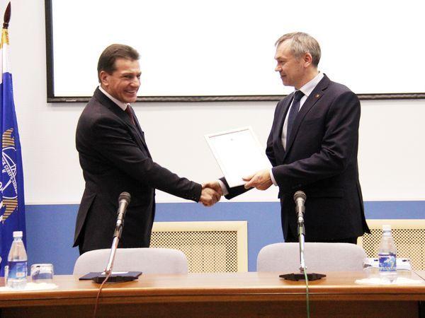 Мэр Вологды поблагодарил МРСК Северо-Запада за помощь на частной подстанции «Ява»