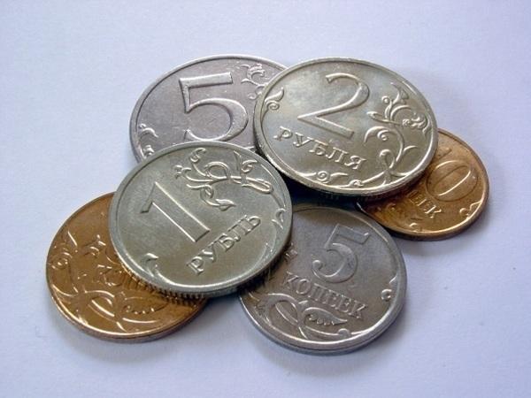 """Что делать с рублями в условиях """"плановой девальвации"""""""