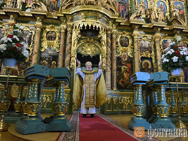 Кому достались Сампсониевский и Смольный соборы