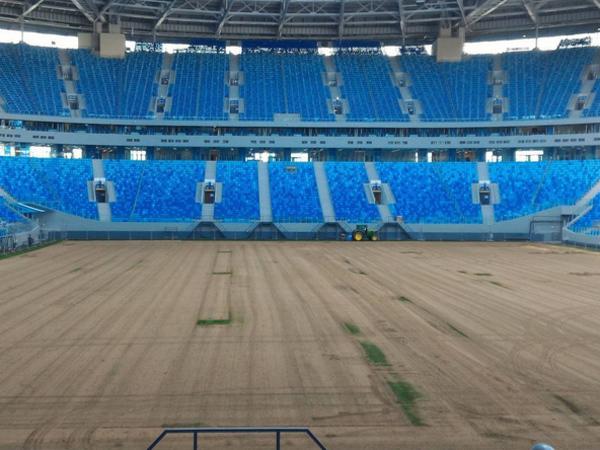 Санкт-Петербург: новый стадион Зенита на100% лишился газона