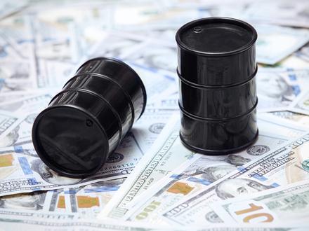 «Рубежи: 70 рублей за доллар, 40 долларов - за баррель»