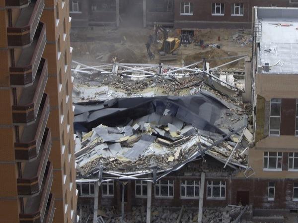 ВЛенобласти обрушилось сооружение строящейся школы