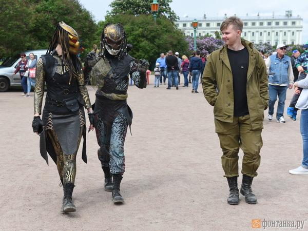 Наантикоррупионный митинг вПетербурге вышли порядка 10 000 человек