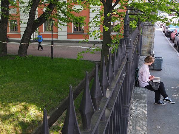 Закрытые сады Северной столицы