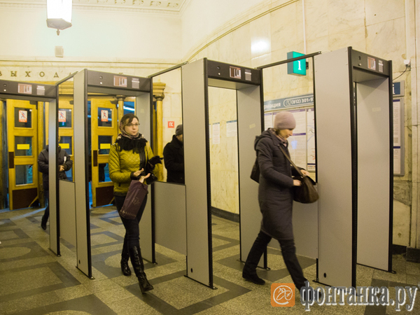 Оборудование для Wi-Fi монтируют на 2-ой линии петербургской подземки