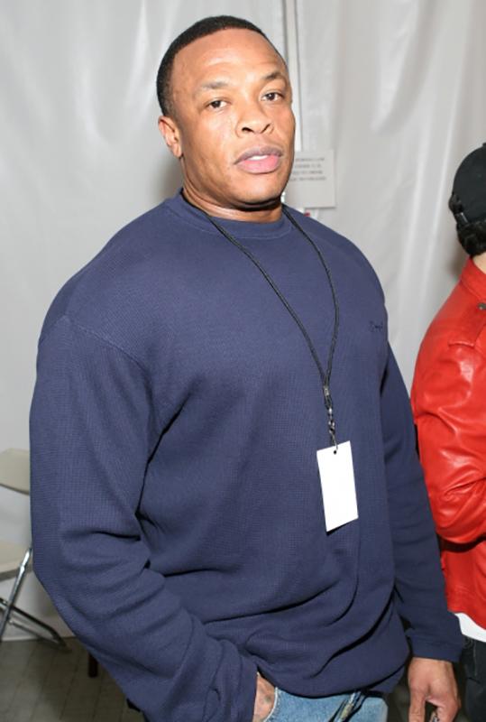 Андре Ромелл Янг (Dr. Dre) — американский рэпер и продюсер