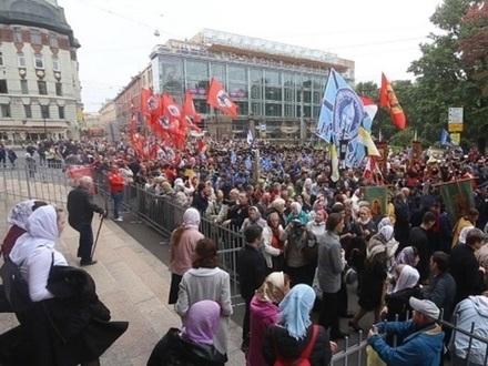 «Надо, чтобы мощи шли в народ» - три вопроса об Александре Невском