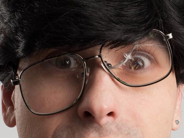 За одни разбитые очки ответят семь полицейских