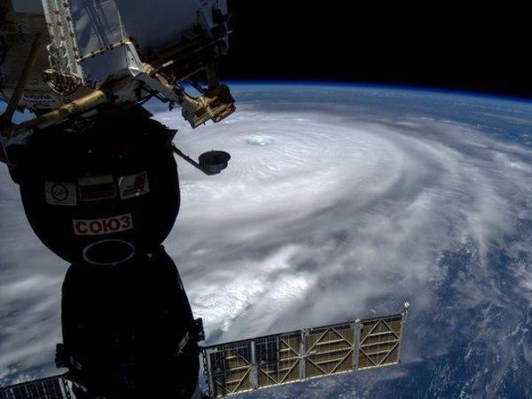 Работу русских космонавтов забортом МКС сняли навидео