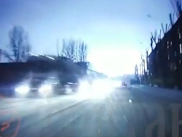 Вспышка на петербургской ТЭЦ попала на видео