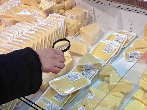Сырная деревня не созрела в Петербурге