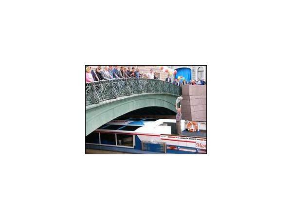 Певческий мост - снова в строю!