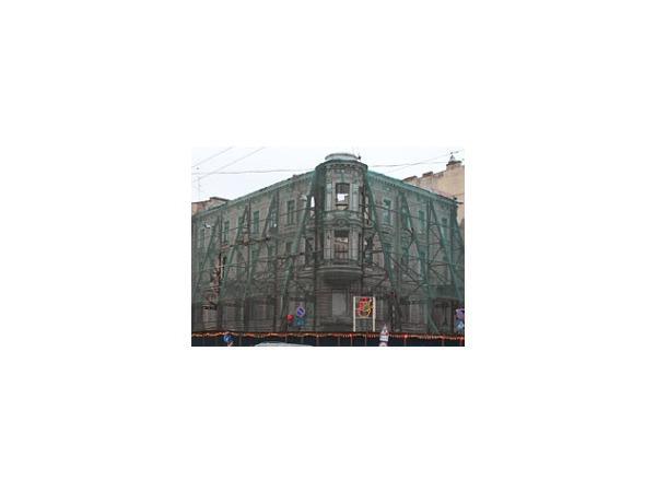 Смольный пишет, строители строят - Петербург меняет лицо