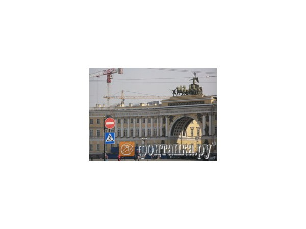 Дворцовая площадь: высота взята