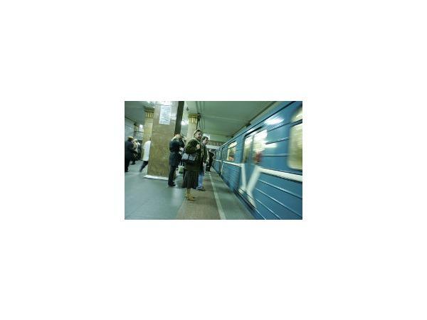 """«Площадь Александра Невского» закроют. Пользуйтесь услугами """"Площади Александра Невского-2"""""""