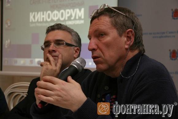 Антон Губанков и почетный президент FIPRESSI, программный директор кинофорума Андрей Плахов